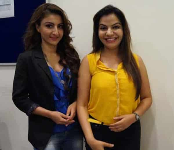 Dr. Charu Sharma with soha ali khan